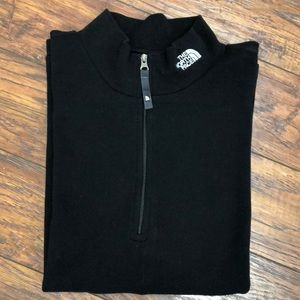 The North Face black long sleeve top M/M